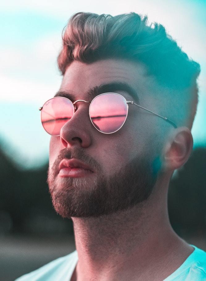 9 voorbeelden om verborgen narcisme te herkennen + gratis test