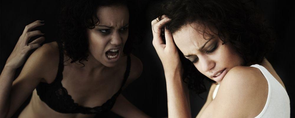 Vrouw is destructief naar haarzelf
