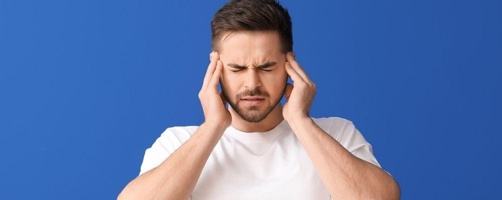 Man last van oorsuizen