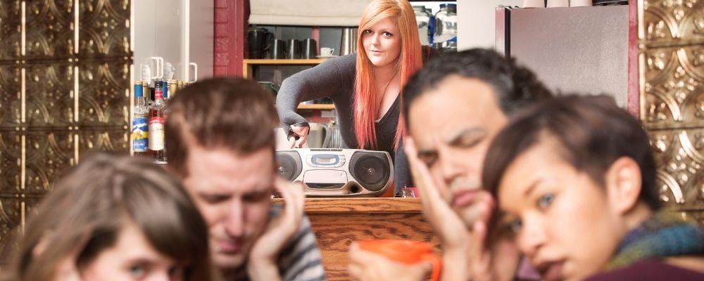 Oorsuizen door dagelijks luide geluiden